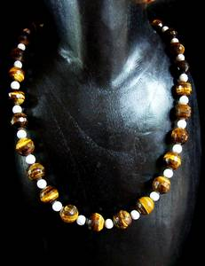COLLIER OEIL DE TIGRE+MAGNESITE 4 ( 78gr/45cm)