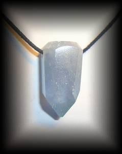 CELESTINE PENDANT2(20 gr/3.1 cm)